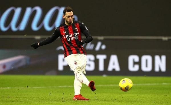 """Man Utd gửi đề nghị chiêu mộ """"Vua kiến tạo"""" của AC Milan"""
