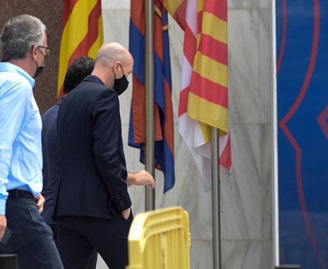 Barca nhanh như chớp, giành thêm một chữ ký mới