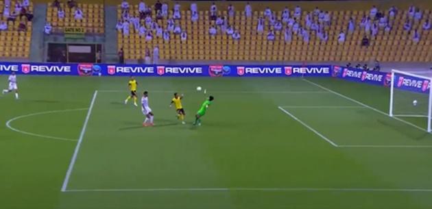 TRỰC TIẾP UAE 4-0 Malaysia (KT): Chiến thắng hủy diệt