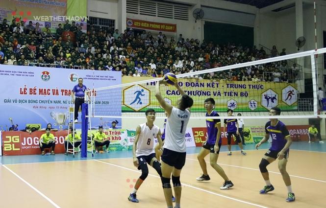 Chuyền hai Đinh Văn Duy: Niềm đam mê bóng chuyền lớn theo những giải hội làng