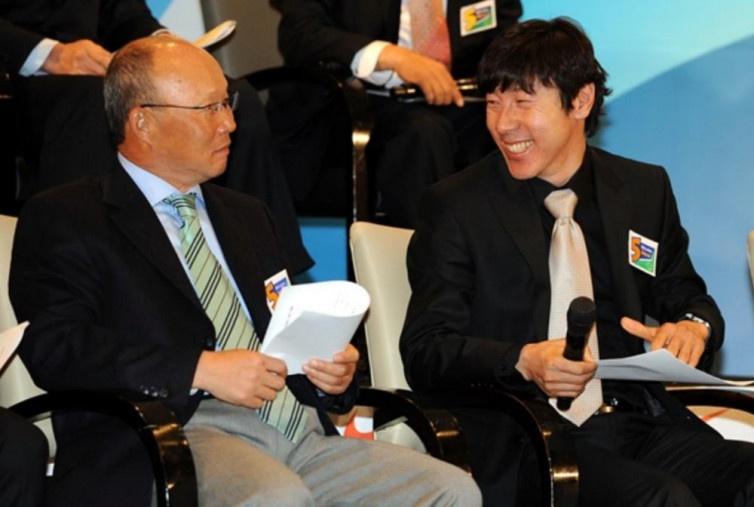 Choáng với tỷ lệ thua của HLV Park Hang Seo trước Shin Tae Yong