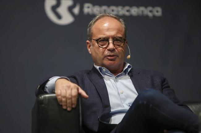 'Phù thủy' đàm phán với Arsenal và Real Madrid